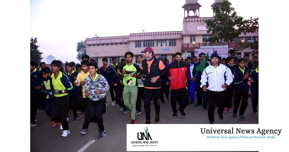 अच्छे स्वास्थ्य के लिए दौडे़ धावक