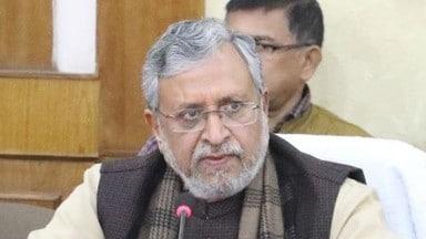 पटना-डाटा इंट्री ऑपरेटरों को हर माह पांच तक मानदेय : सुशील मोदी
