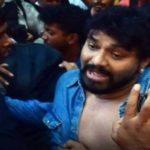 बाबुल सुप्रियो पर जादवपुर यूनिवर्सिटी में हमला